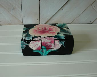 Rose Painted Box. Mini Gift Box, Small Jewelry Box, Hand-Painted Wood Box, Nic Nac box, gaming dice box, Hair Tie and Clip box, Floral