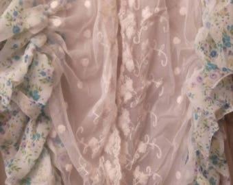 Nice printed chiffon and lace scarf