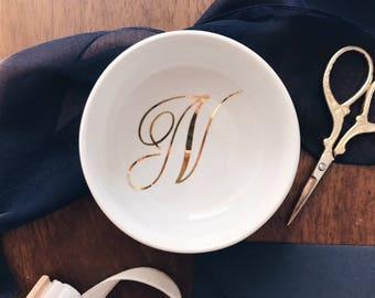Circular Monogram Ring Dish, Jewellery Tray, Engagement Ring Tray, Custom Wedding Ring Dish