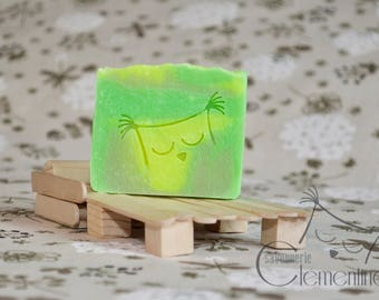 Body Lime fragrance enriched with Shea butter and olive oil SOAP.