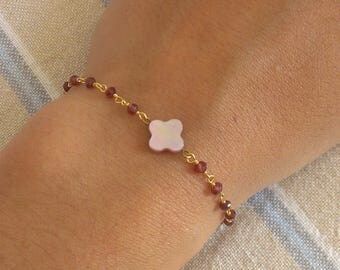 Rhodonite bracelet and mother of Pearl