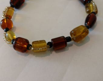 Shades of brown glass bracelet