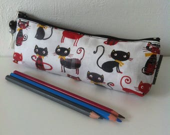 """trousse à crayons ou pour cigarette électronique""""Chats rouges et noirs"""""""