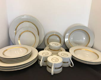 Retroneu Imperial Collection Fine China