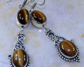 Earrings in silver and Tiger eye