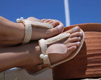 Feathers Greek leather sandals