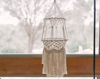 Macrame baby mobile / chandelier