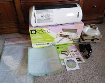 Cricut Expression machine BRAND NEW