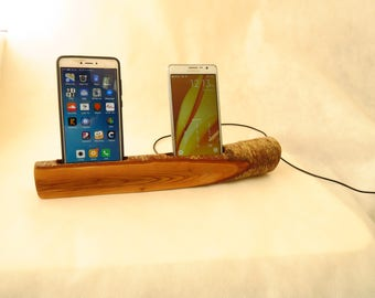 Driftwood smartphone docking station  and stand, smartphones holder and charger, ** one of a kind **