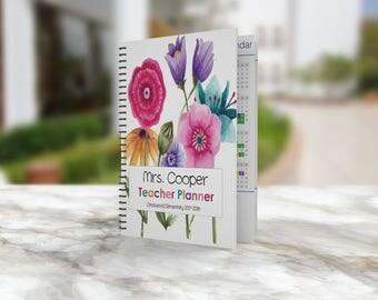Teacher Planner 2017-2018 - Teacher Planners - Lesson Planner - Teacher Plan Book - Personalized Teacher Planner  - Teacher Planners 2017