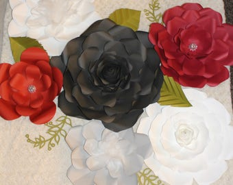 Set of 6 paper flowers with 7 free leaves