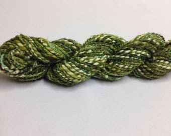 Hand spun art yarn Bulky yarn Chunky yarn Merino wool yarn in green Weaving yarn 3.3oz (93g)