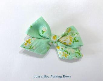 Minty Floral FLocked 50's Vintage Bow JABMB