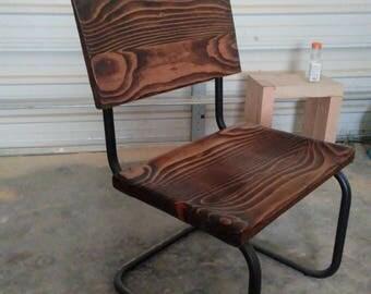 Modern lawn chair