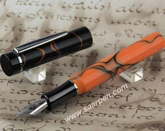 Fountain pen hand-made pale orange Fountainpen handmade pale orange black