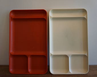 Vintage Tupperware Cafiteria Style Divided Trays Set of 2 Red/White