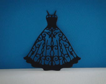 Cut out dress in black paper for creation
