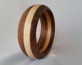 Bracelet with wood ash and Walnut B