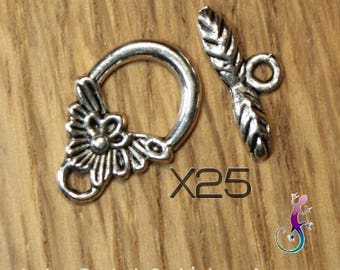 Set of 25 antique silver metal flower toggle clasps
