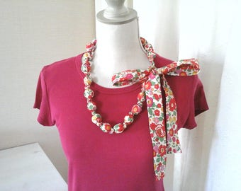 Necklace in liberty of London Betsy grenadine in bright shades