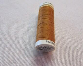 Sewing thread Brown n 412 Gütermann 100% polyester