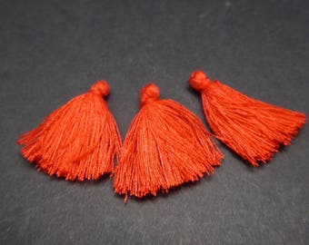 3 Red 30x5mm cotton thread tassels