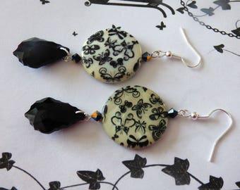 EARRINGS PEARL BEIGE PRINTED BUTTERFLIES BLACK