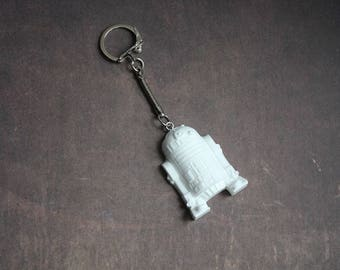 Keychain robot R2 - D2, Star Wars white resin