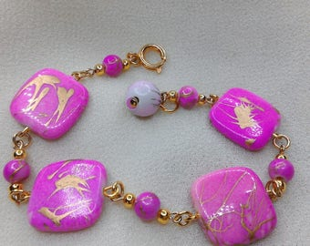 Pink synthetic flat square Bead Bracelet