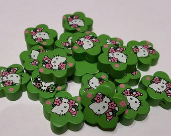 Wood flower Hello Kitty (green) beads