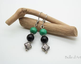 Malachite and onyx stones earrings