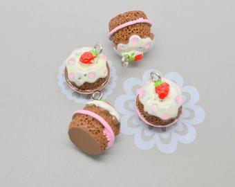 4 cakes chocolate cream