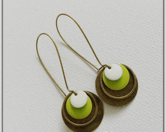 Earrings bronze and enamel green and white