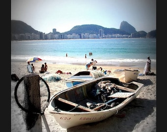Photo 30X40cm with a fishing boat on the beach in Rio de Janeiro in the Brazil