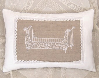 Cushion in white linen and Twine with old embroidery design
