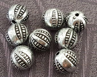 10 silver acrylic beads 10 mm beads fashion metal, silver beads