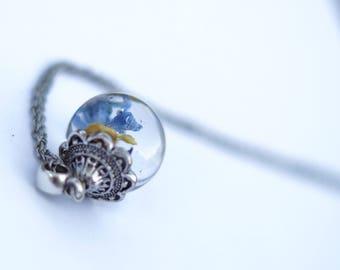 Bubble jewelry resin dried flower