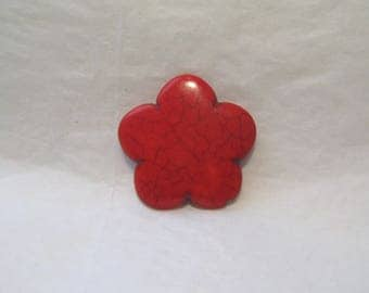 Pearl flower, 30 mm, red howlite stone.