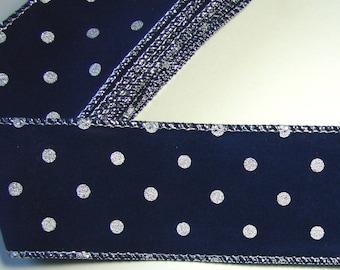 2.90 meters of armed, Navy Blue Ribbon, silver, 5 cm.