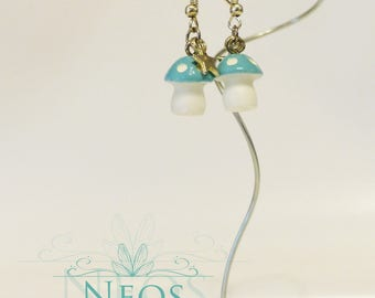 Earrings with stars and mushrooms