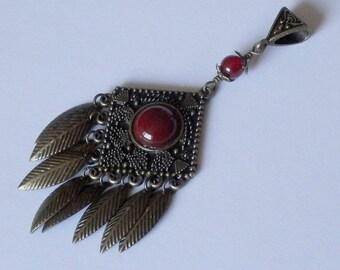 Eda Metal bronze color pendant and carnelian