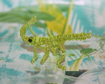 Animal beads: Grasshopper in seed beads