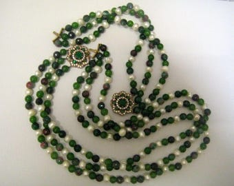 Emerald Onyx and freshwater pearls set necklace and bracelet