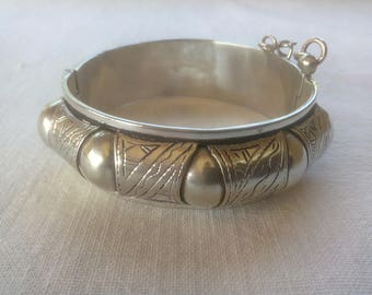 Old Marrocan Silver Bangle Bracelet