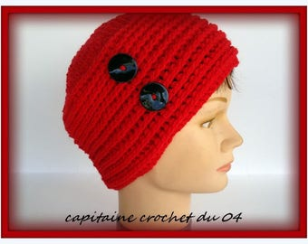 Beanie Hat women winter hat, handmade vintage red with two buttons