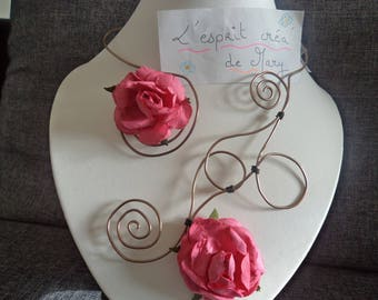 Melusine: bronze necklace elegant and refined with pink flowers ideal for Valentines