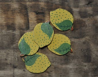 Subjects wooden - lemon decoration