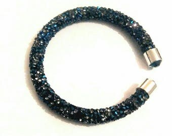 Cristaldust Bangle. Blue. Silver Strass.Embout.