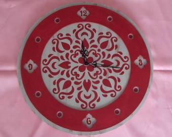 Pendulum round vintage red and beige