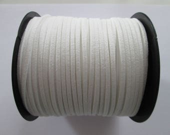 3 mètre cordon plat suédine largeur 2.5 mm couleur : blanc